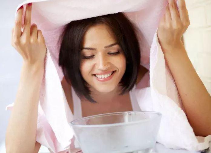 Bőr tisztítása házi arcszauna segítségével